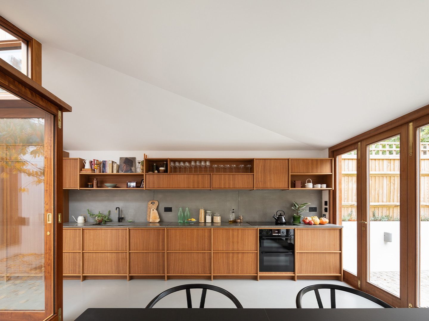 A Cloistered House, Turner Architects