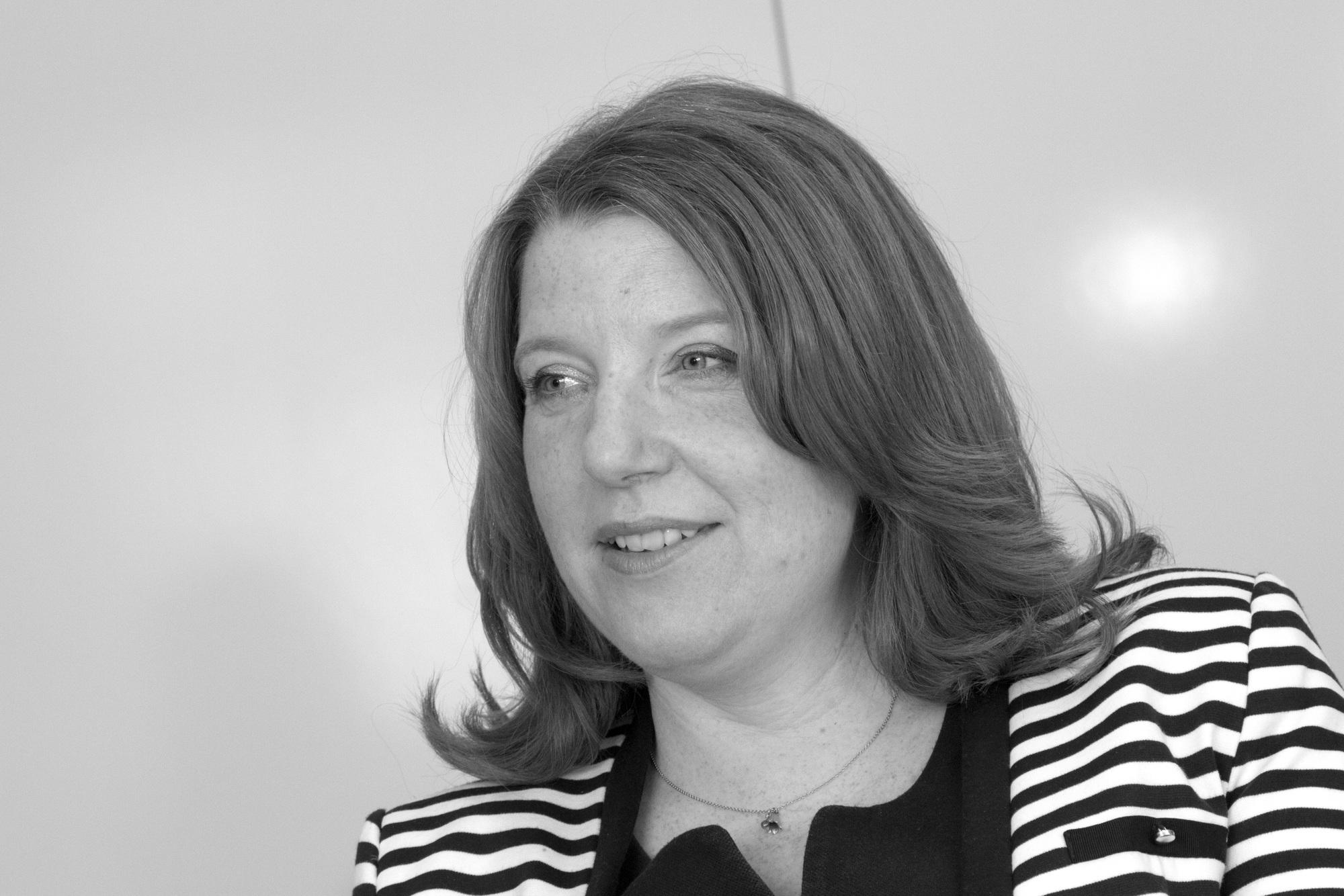 Angela Jewell