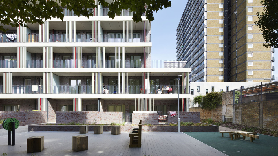 Low-energy affordablehomes win top prize in New London Awards 2019